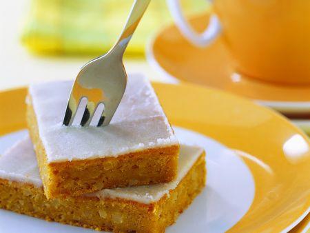 Möhrenkuchen mit Zuckerguss