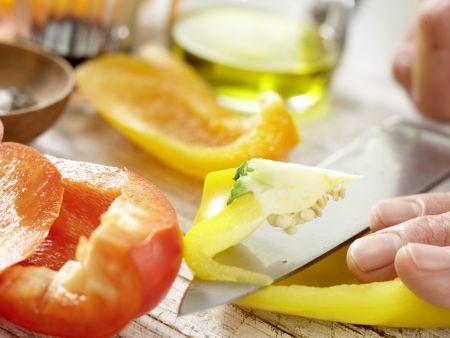 Mosaik von geröstetem Paprika: Zubereitungsschritt 5