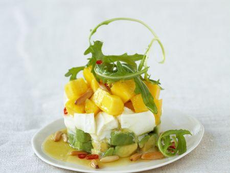 Mozzarella mit Avocado und Mango