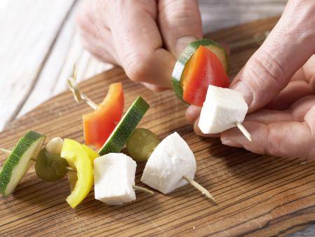 Mozzarella-Spieße: Zubereitungsschritt 5