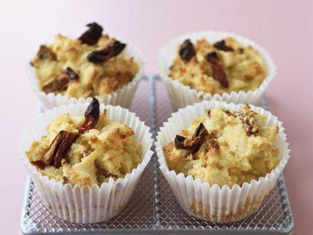 Rezept: Muffins mit Kirschen und Datteln (Glutenfrei)