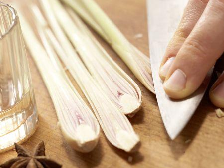 Muscheln in Asia-Aromen gedünstet: Zubereitungsschritt 3