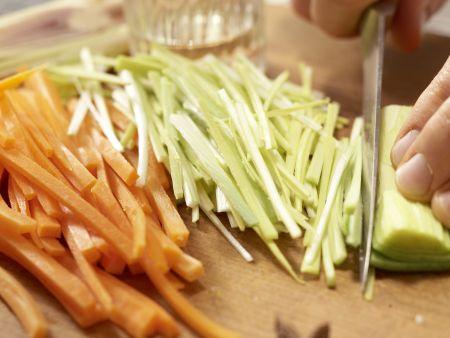 Muscheln in Asia-Aromen gedünstet: Zubereitungsschritt 4