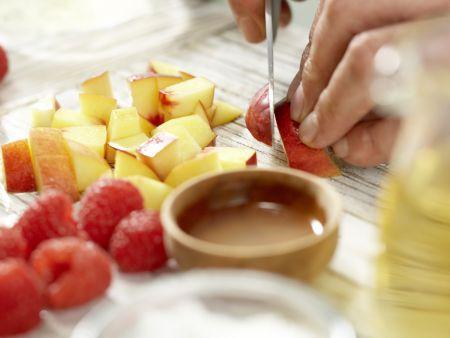 Nektarinen-Gelee auf Kefircreme: Zubereitungsschritt 3