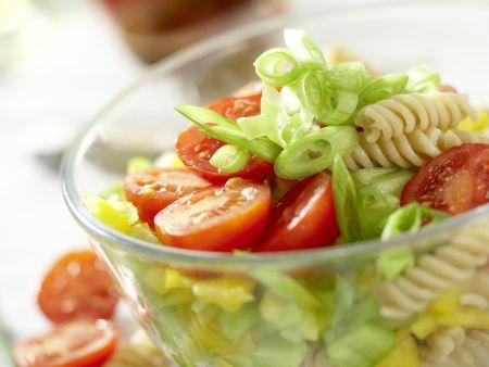 Nudel-Gemüse-Salat: Zubereitungsschritt 5