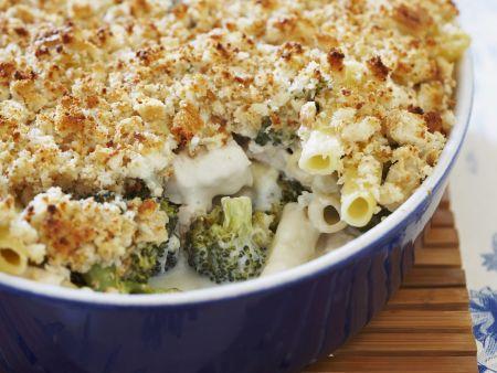 Nudel-Hähnchen-Gratin mit Broccoli