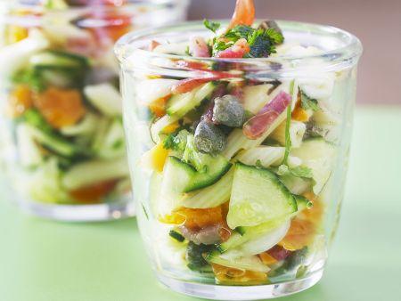 Nudelsalat nach Mittelmeer-Art mit Speck