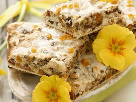 Nuss-Rosinen-Kuchen nach polnischer Art