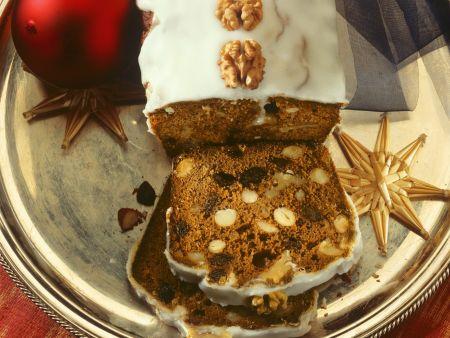 Nusskuchen mit Honig