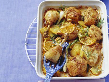 Ofen-Hähnchen mit Orangen, Rosmarin und Kartoffeln
