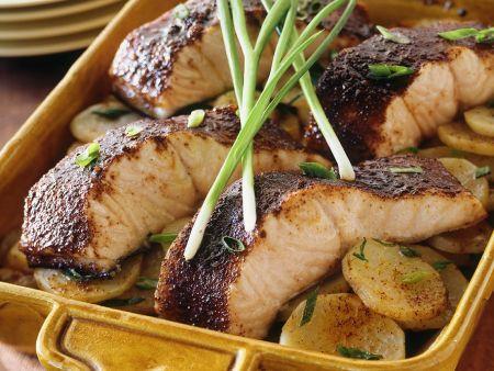 Ofengebackener Lachs mit Kartoffeln