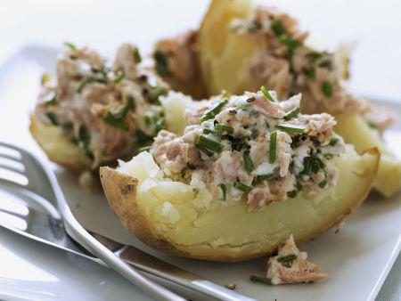 Ofenkartoffel mit Thunfischsalat
