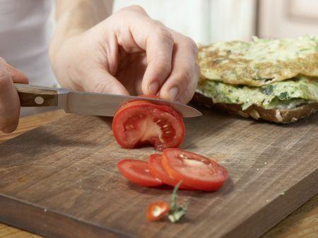 Omelett-Burger mit Zucchini: Zubereitungsschritt 9