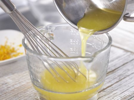 Orangen-Joghurt-Creme: Zubereitungsschritt 4