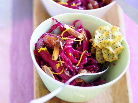 Orangen-Rotkraut-Salat mit Kranbeeren dazu Pommes duchesse mit Mohn