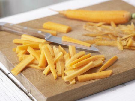 Orientalische Gemüsesuppe: Zubereitungsschritt 1