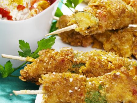 Panierte Hähnchen-Gemüse-Spieße