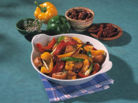 Paprika-Brotpfanne mit Oliven