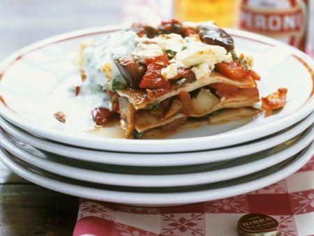 Paprika-Lasagne mit Auberginen und Ziegenfrischkäse