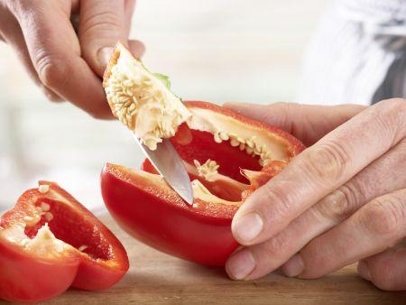 Paprika-Zucchini-Nudeln: Zubereitungsschritt 1