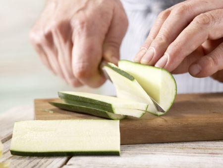 Paprika-Zucchini-Nudeln: Zubereitungsschritt 2