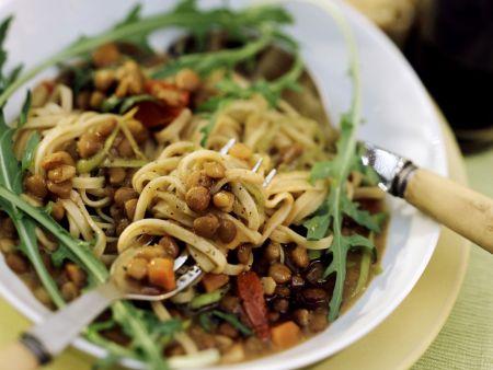 Pasta mit Balsamlinsen und Rucola