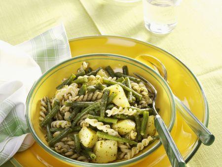Pasta mit Bohnen und Kartoffeln