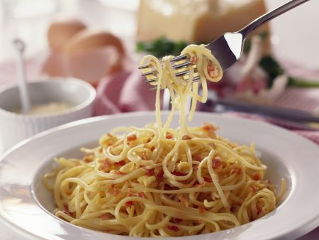 Rezept: Pasta mit Eier-Speck-Soße (Carbonara)