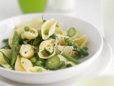 Pasta mit Erbsen und grünem Spargel