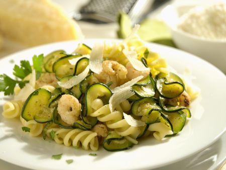 Pasta mit Krabben und Zucchini