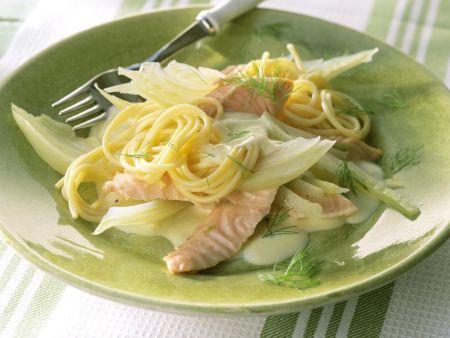 Pasta mit Lachs und Fenchel