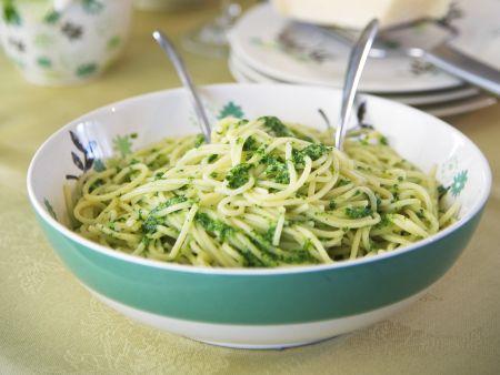 Rezept: Pasta mit Pesto aus Brunnenkresse