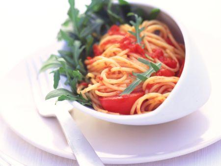 Pasta mit Rucola und Tomaten