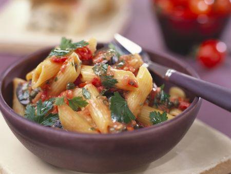 Rezept: Pasta mit Tomaten-Kapern-Soße
