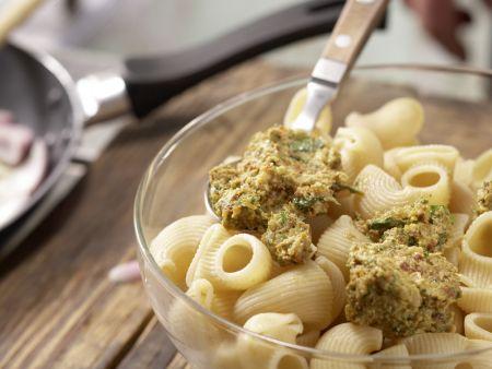 Pasta mit Walnuss-Tomaten-Pesto: Zubereitungsschritt 8