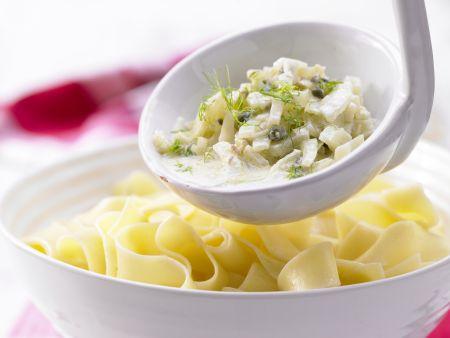 Pastasauce mit Fenchel, Kapern