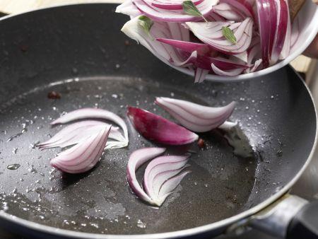 Pastasauce mit roten Zwiebeln: Zubereitungsschritt 4