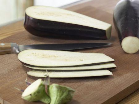 Pastete mit Auberginen und Rosmarinkartoffeln: Zubereitungsschritt 1