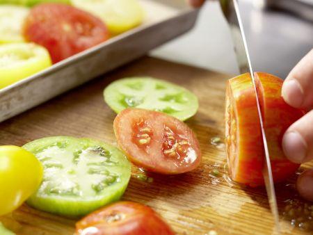 Petersfisch auf Tomatenbett: Zubereitungsschritt 2
