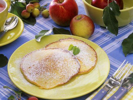 Pfannkuchen mit Apfel