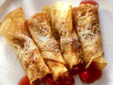 Pfannkuchenröllchen mit Cranberries