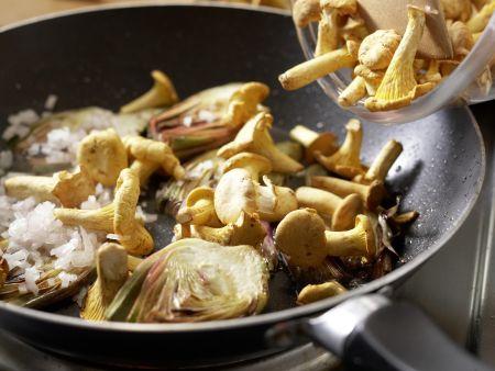 Pfifferlingssalat mit Artischocken: Zubereitungsschritt 7