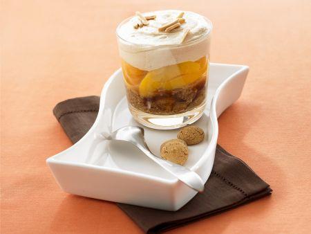 Pfirsich-Amaretto-Trifle