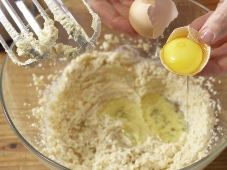 Pfirsich-Guglhupf: Zubereitungsschritt 3