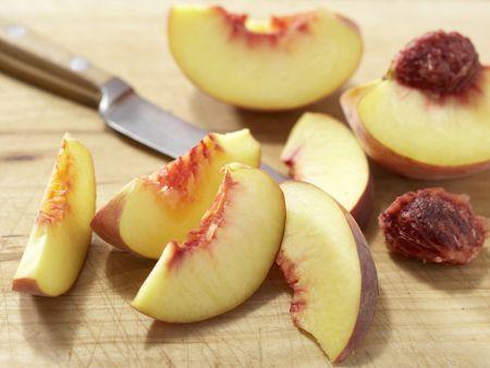 Pfirsich-Rucola-Salat: Zubereitungsschritt 2