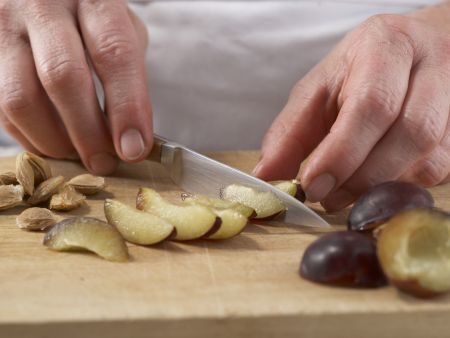 Pflaumen-Muffins: Zubereitungsschritt 2