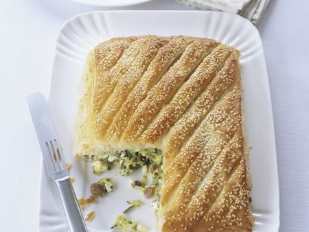 Pie mit Zucchini und Schafskäse