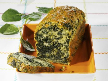 Pikanter Kuchen mit Spinat