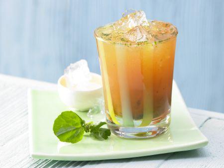 Pikanter Möhren-Cocktail