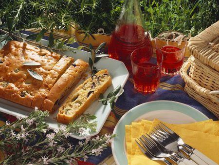 Pikanter Olivenkuchen